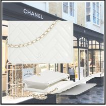 CHANEL 2019-20AW CHAIN WALLET white more wallets & cases