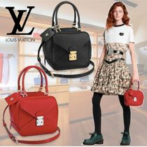 Louis Vuitton TAURILLON Casual Style Blended Fabrics 2WAY Plain Leather Party Style