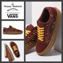 Vivienne Westwood Monogram Driving Shoes Unisex Street Style Collaboration