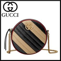GUCCI 2WAY Chain Plain Leather Elegant Style Shoulder Bags