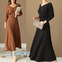 Casual Style Maxi V-Neck Long Sleeves Plain Long Midi