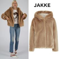 Jakke Short Faux Fur Plain Cashmere & Fur Coats