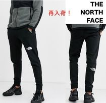 THE NORTH FACE Joggers & Sweatpants
