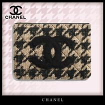 CHANEL Zigzag Casual Style Blended Fabrics Bag in Bag Bi-color