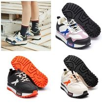 ROMANTIC CROWN Unisex Street Style Collaboration Low-Top Sneakers