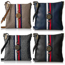 Tommy Hilfiger Casual Style Street Style Shoulder Bags