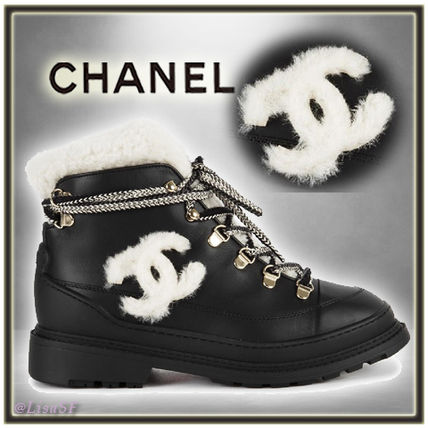 Shop CHANEL 2019-20FW Round Toe Lace-up