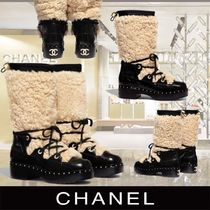CHANEL Round Toe Sheepskin Blended Fabrics Shearling Boots Boots