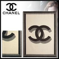 CHANEL Unisex Blended Fabrics Street Style Throws