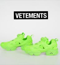 VETEMENTS Casual Style Unisex Street Style Plain Low-Top Sneakers
