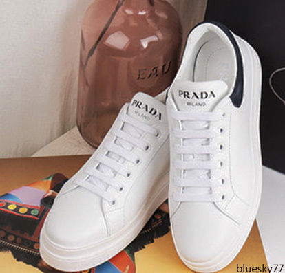 PRADA Low-Top Casual Style Unisex Plain Leather Low-Top Sneakers 8