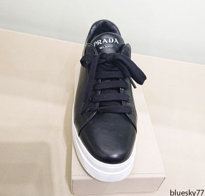 PRADA Low-Top Casual Style Unisex Plain Leather Low-Top Sneakers 3