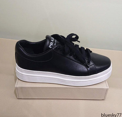 PRADA Low-Top Casual Style Unisex Plain Leather Low-Top Sneakers 4