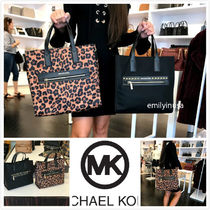 Michael Kors A4 2WAY Crossbody Totes