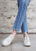 PAIRS IN PARIS Casual Style Blended Fabrics Low-Top Sneakers