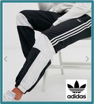 adidas Stripes Street Style Joggers & Sweatpants