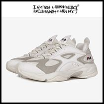 I AM NOT A HUMAN BEING Low-Top Sneakers