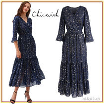 Chicwish Star Casual Style Maxi A-line Flared V-Neck Cropped Long