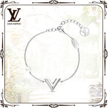 Louis Vuitton V Casual Style Party Style Silver Office Style Elegant Style
