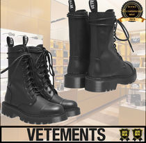 VETEMENTS Casual Style Unisex Street Style Plain Logo Boots Boots