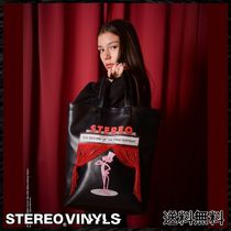 STEREO VINYLS COLLECTION Street Style Totes