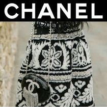 CHANEL ICON Casual Style Wool Street Style Medium Handmade Party Style