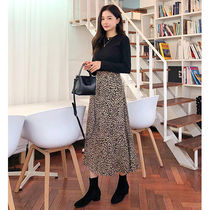 BEIGE CHUU Flared Skirts Leopard Patterns Casual Style Long Maxi Skirts