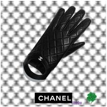 CHANEL Unisex Plain Leather Leather & Faux Leather Gloves