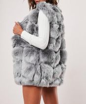 Missguided Faux Fur Plain Medium Fur Vests Elegant Style Vest Jackets