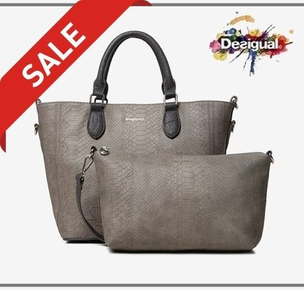 Casual Style Faux Fur Elegant Style Totes