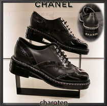 CHANEL ICON Plain Toe Casual Style Blended Fabrics Chain Plain Leather