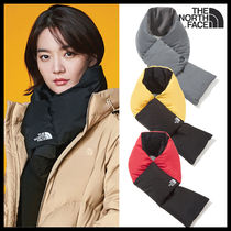 THE NORTH FACE Unisex Street Style Logo Knit & Fur Scarves