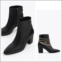 Uterque Black Leather Ankle Boots with Chains