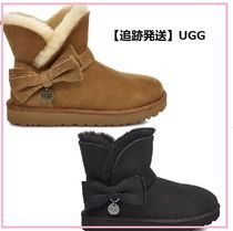 UGG Australia Round Toe Rubber Sole Sheepskin Ankle & Booties Boots