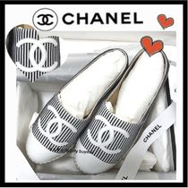 CHANEL Stripes Casual Style Tweed Bi-color Low-Top Sneakers