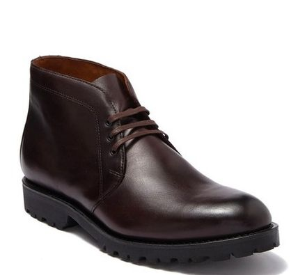 Plain Toe Plain Leather Chukkas Boots