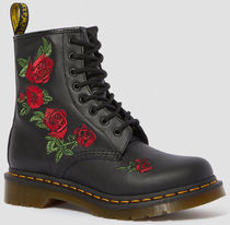 Dr Martens 1460 Flower Patterns Plain Toe Round Toe Lace-up Casual Style