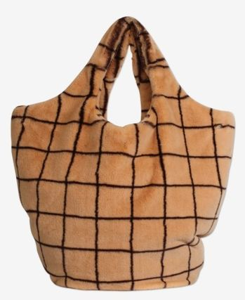 Other Plaid Patterns Casual Style Faux Fur A4 Totes