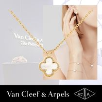 Van Cleef & Arpels Costume Jewelry Casual Style Flower Chain Party Style
