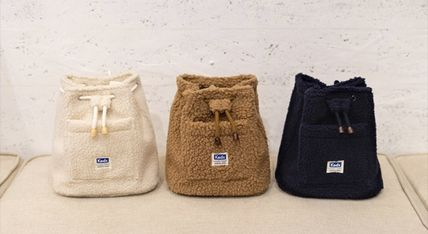 Casual Style Shearling Shoulder Bags