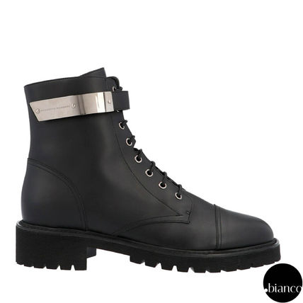 Straight Tip Plain Leather Logo Engineer Boots