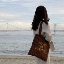 LOVE IS GIVING Totes