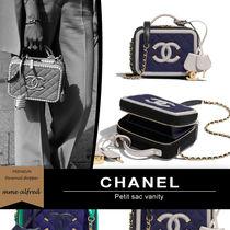 CHANEL Casual Style Calfskin Blended Fabrics 2WAY Plain Party Style