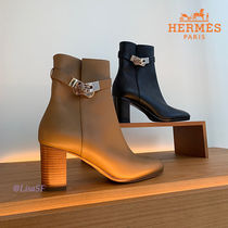 HERMES Plain Toe Leather Block Heels Elegant Style Formal Style