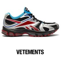 VETEMENTS Street Style Collaboration Low-Top Sneakers