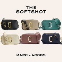 MARC JACOBS Softshot Tropical Patterns Casual Style Unisex Vanity Bags Plain