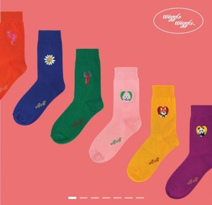 Street Style Plain Logo Socks & Tights
