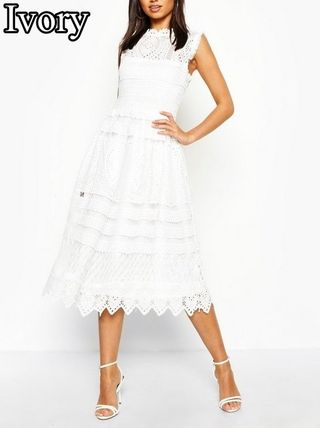 A-line Sleeveless Flared Plain Medium Lace Dresses