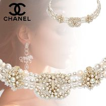 CHANEL Costume Jewelry Party Style With Jewels Elegant Style