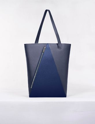 Casual Style Unisex Street Style A4 2WAY Leather Handmade